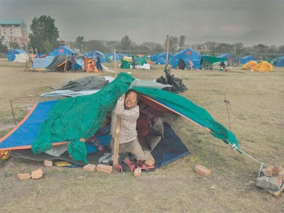 tent-in-storm
