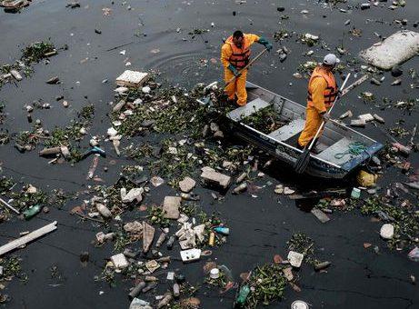 Rio, Brazil, Guanabara Bay sewage