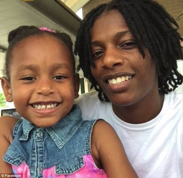 LaNaydra Williams and child India