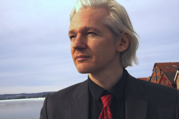 julian-assange-founder-of-wikileaks2