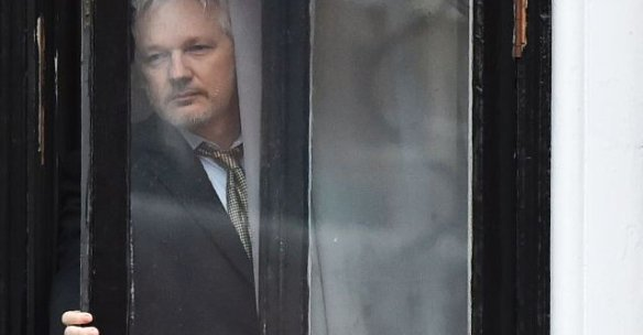 julian-assange-founder-of-wikileaks5